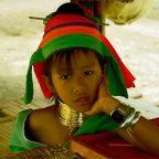 Thailandia - Nel Villaggio delle Donne Giraffa - Foto dal racconto di DAVIDE