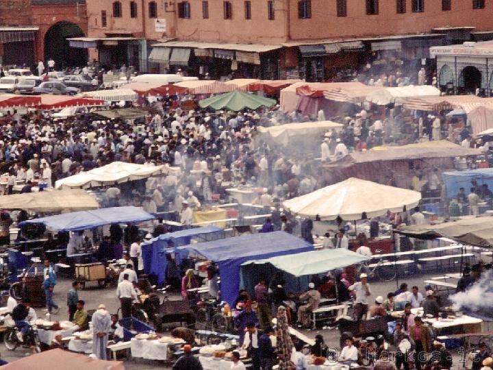 La piazza di Jemaa el Fna a Marrakech