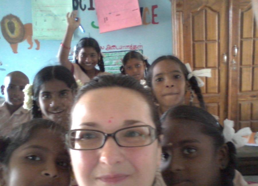 Liza in una scuola elementare di un villaggio