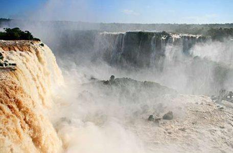 Argentina, le cascate di Iguazù ai confini col Brasile