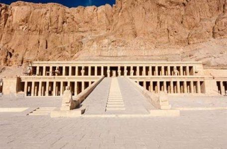 Egitto - Il tempio di Hatchepsout