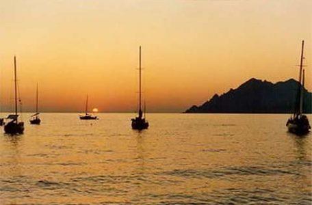 Francia - Corsica al rovescio di Eno Santecchia