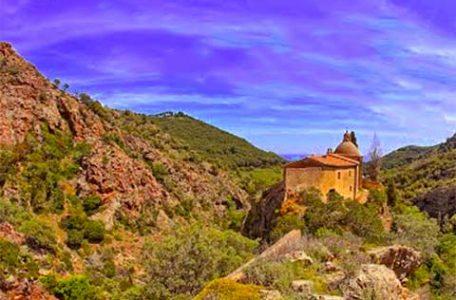 Il santuario di Monserrato all'Isola d'Elba nell'arcipelago Toscano
