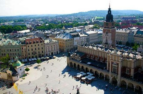 Polonia - Cracovia - Rynek Glowny vista dal Campanile della Basilica di Santa Maria
