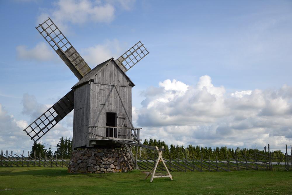 Estonia - Mulini di Angla