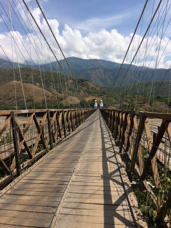 Ponte sul fiume Cauca