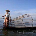 Birmania - Pescatore sul lago Inle