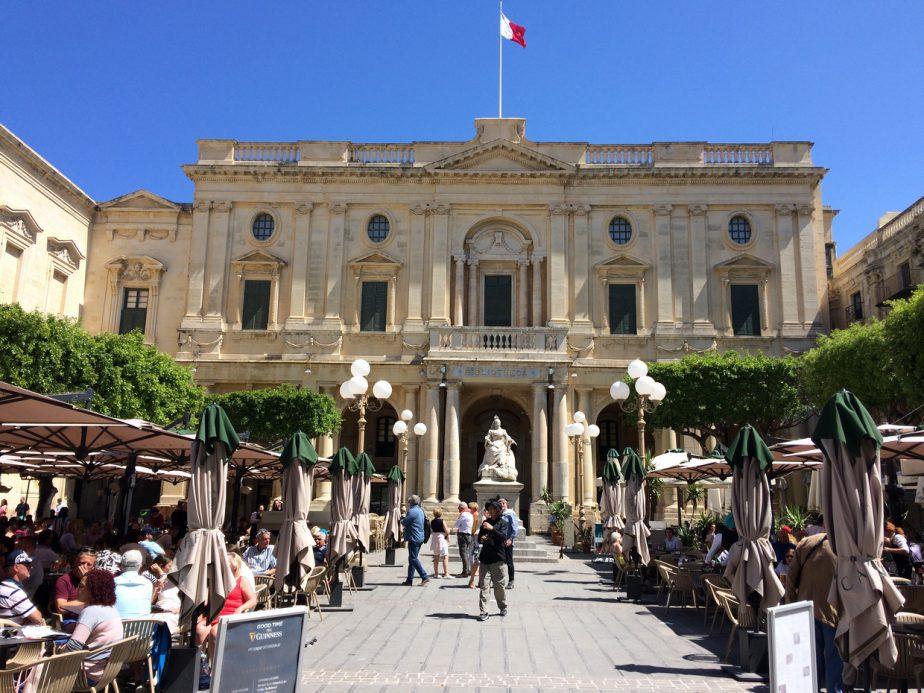 La Valletta, Biblioteca