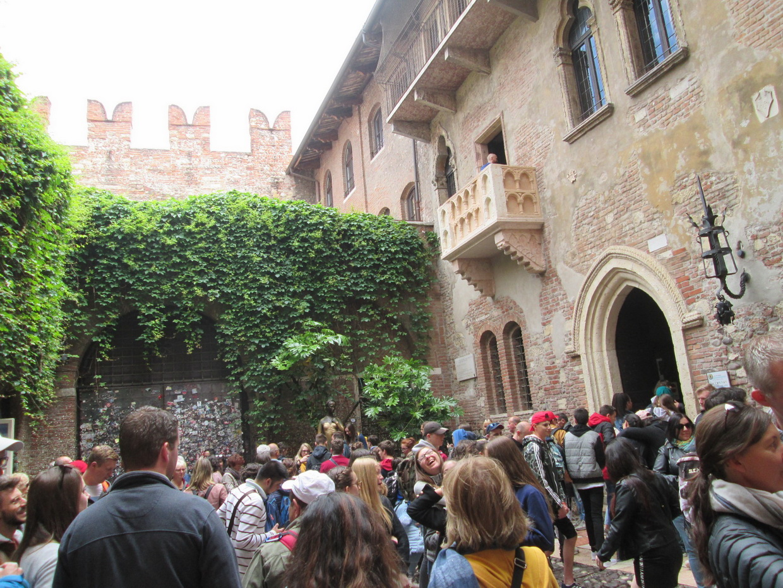 Verona di Ferny Forner